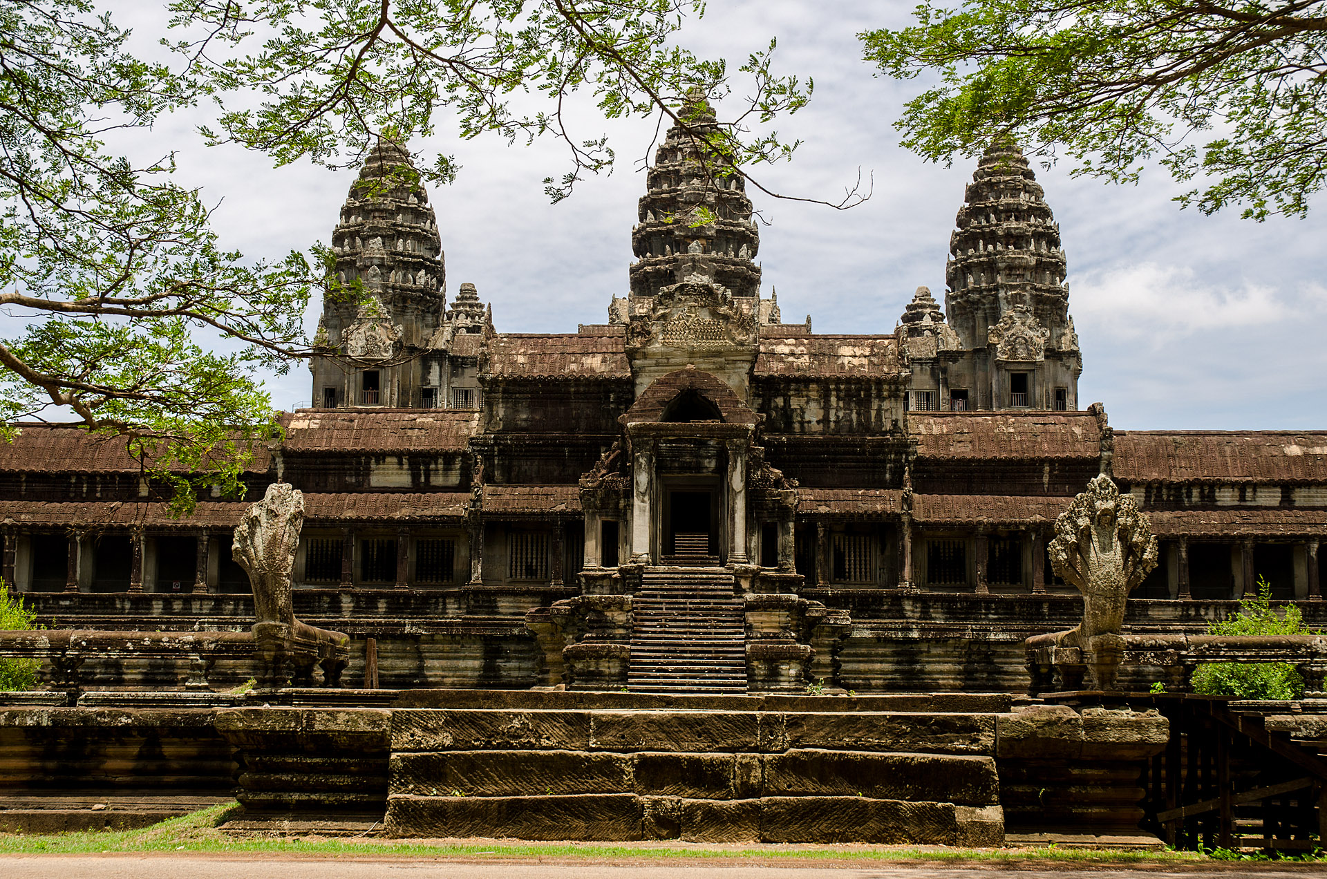 Angkor Wat from north gate