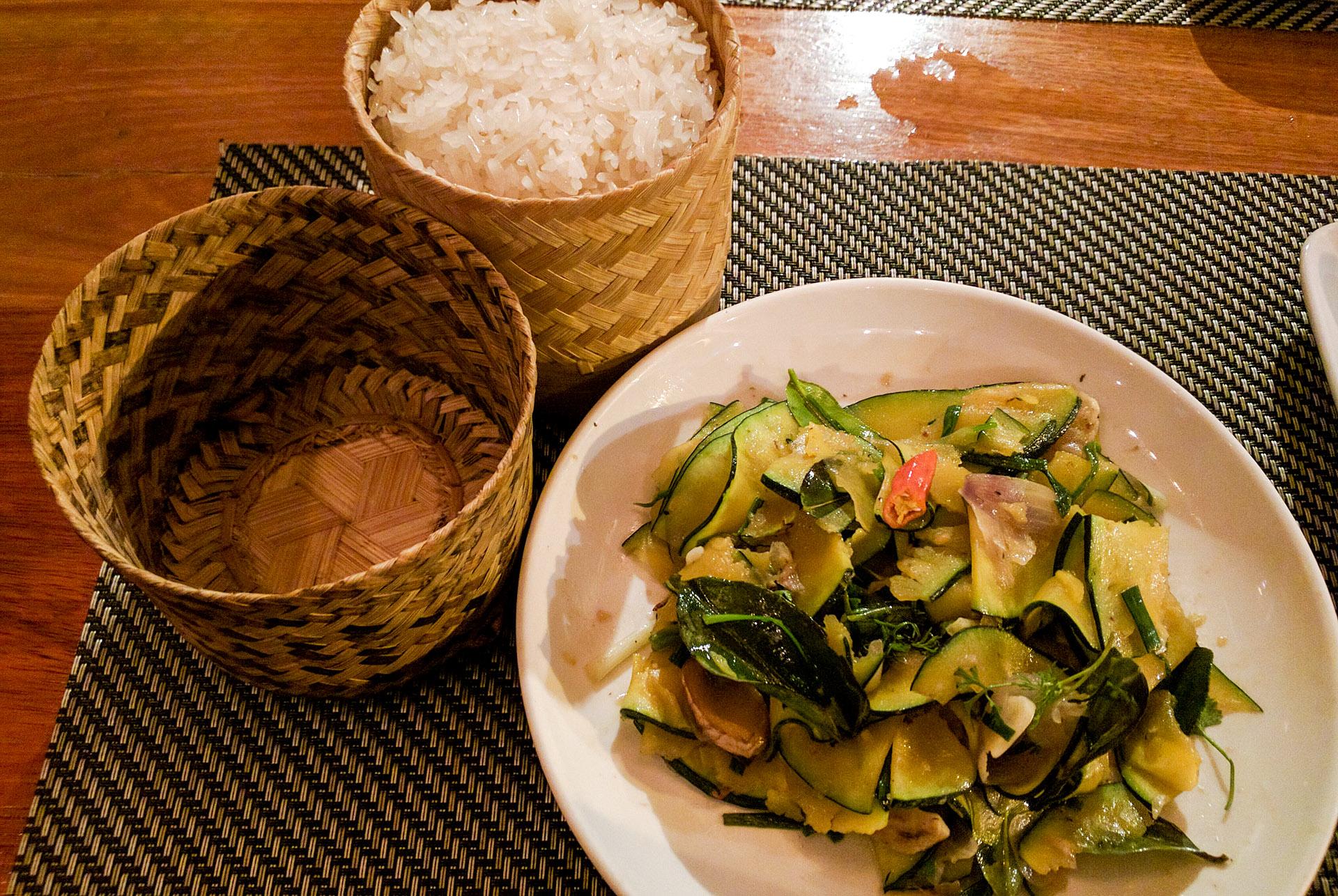 Green pumpkin stir-fry (Tamarind)