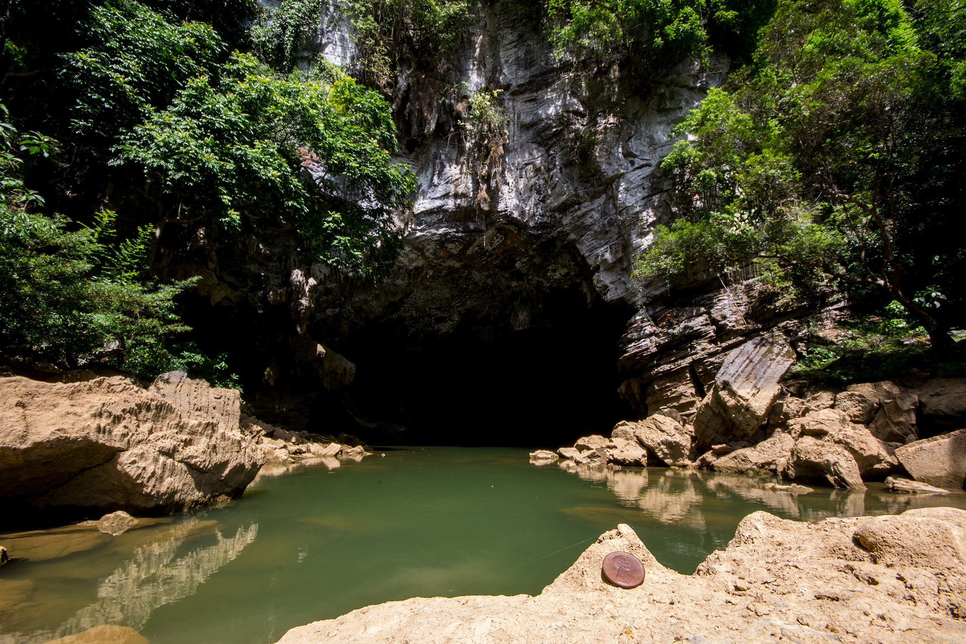 Tu Lan Cave