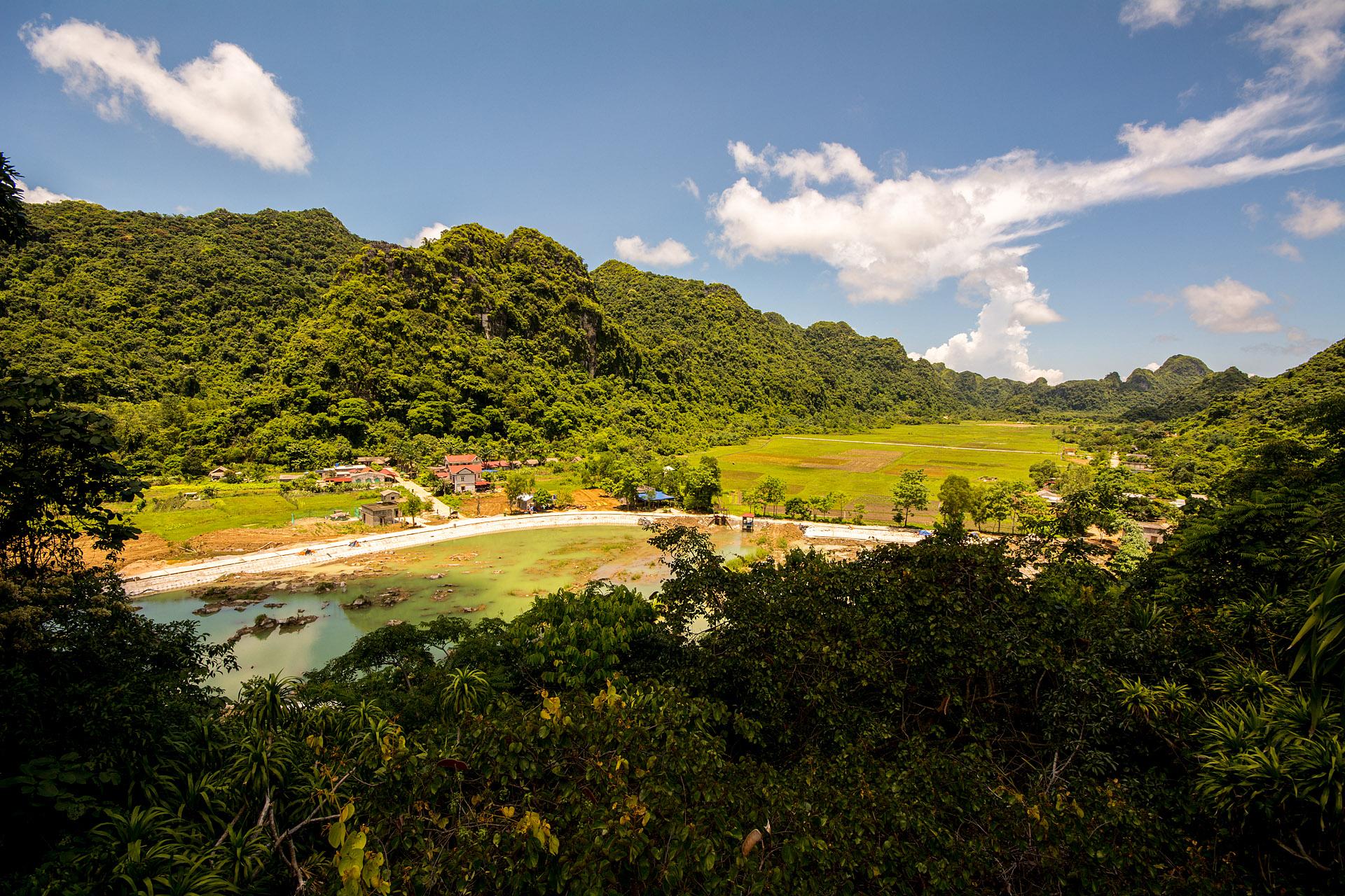 Veit Hai village