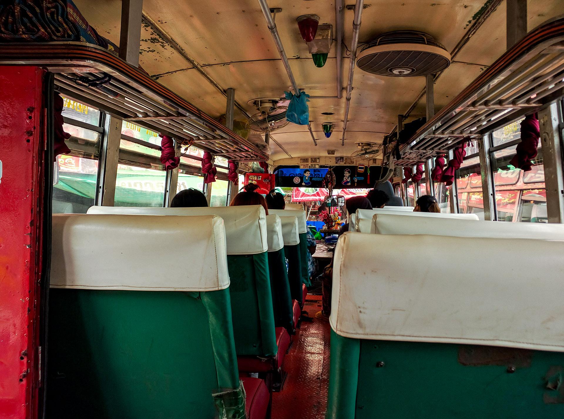 Public bus (Thailand)