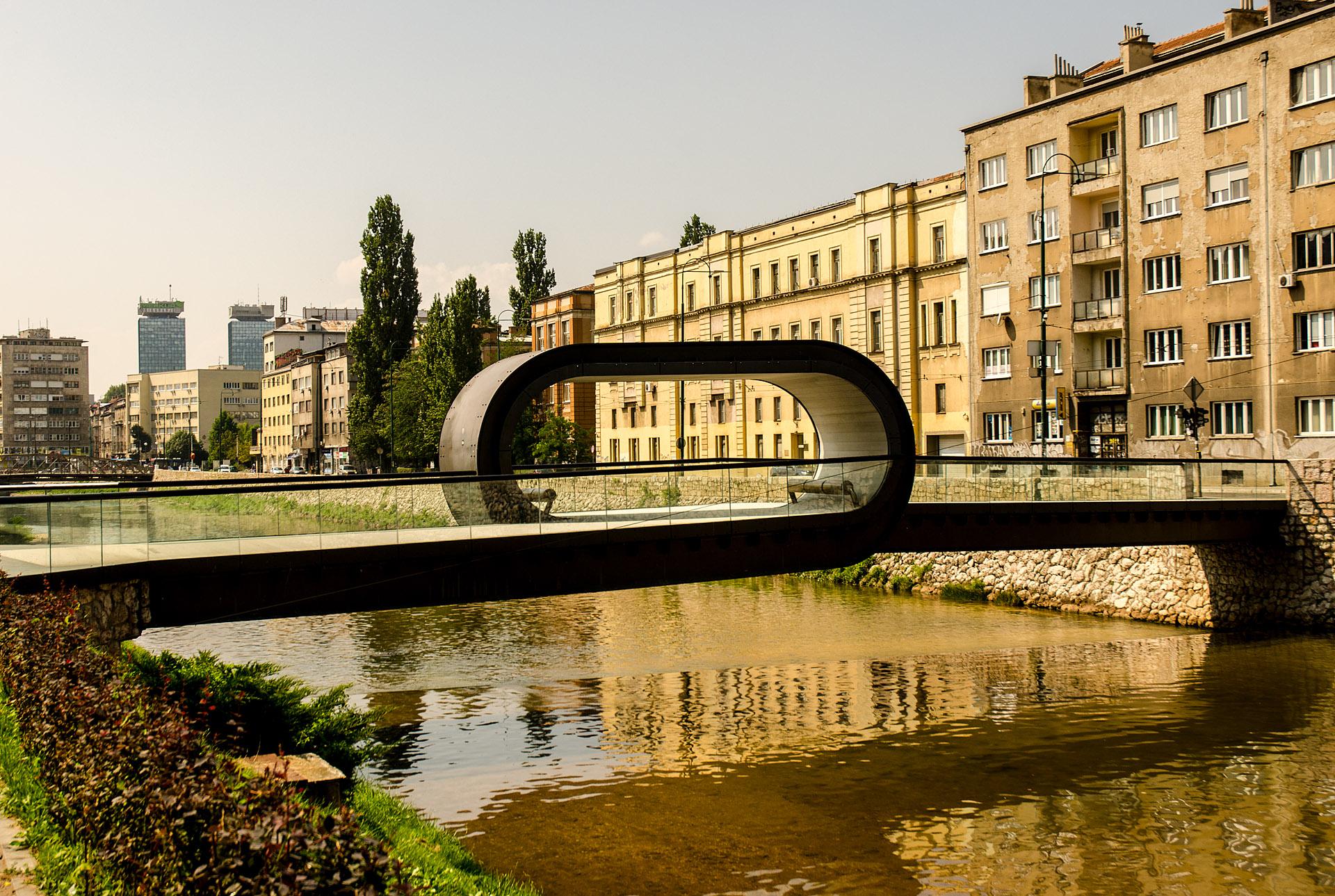 Festina Lente Bridge