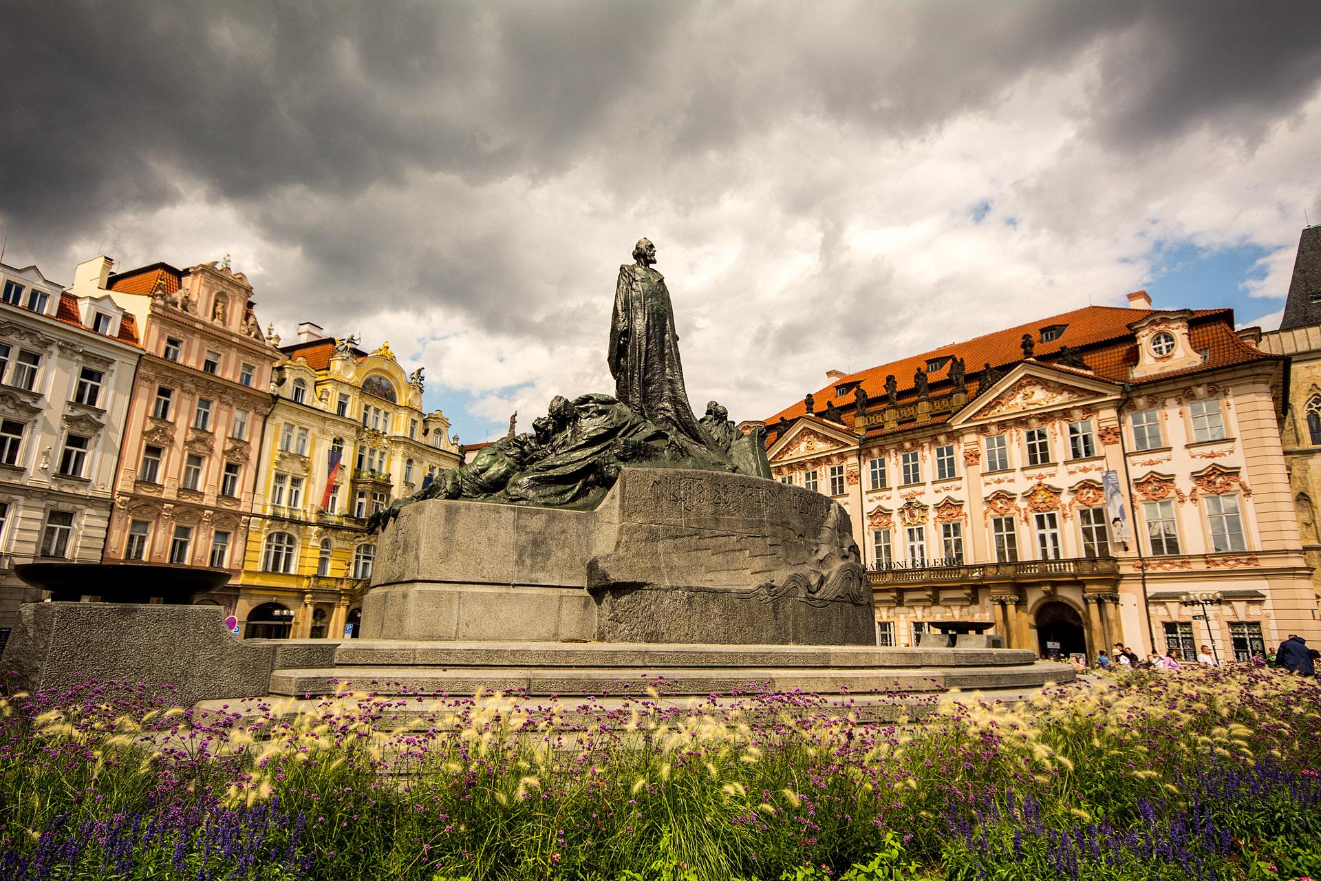 Old Town Square (Jan Hus Memorial)