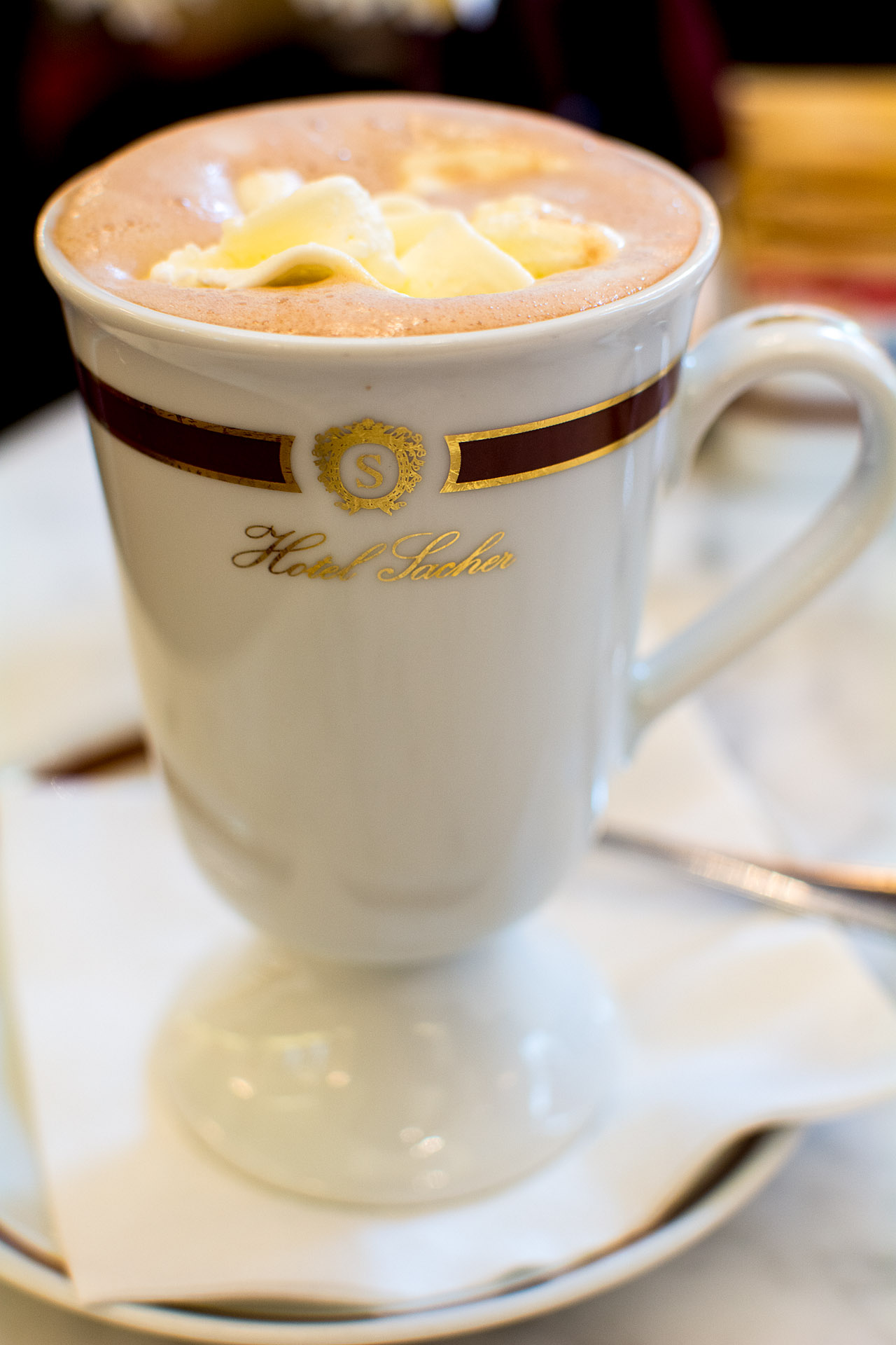 Coffee-hot chocolate blend