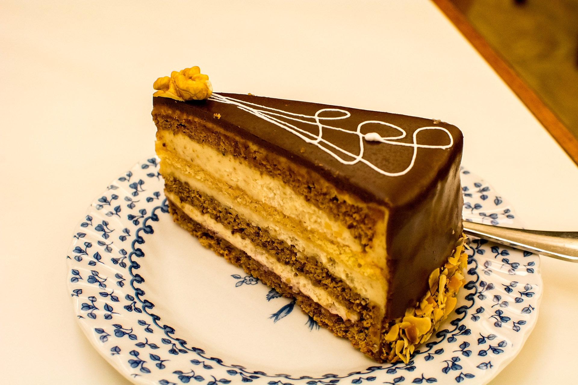 Walnusstorte (walnut torte)