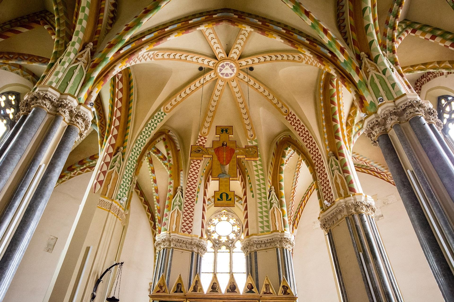 Inner City Church (interior)
