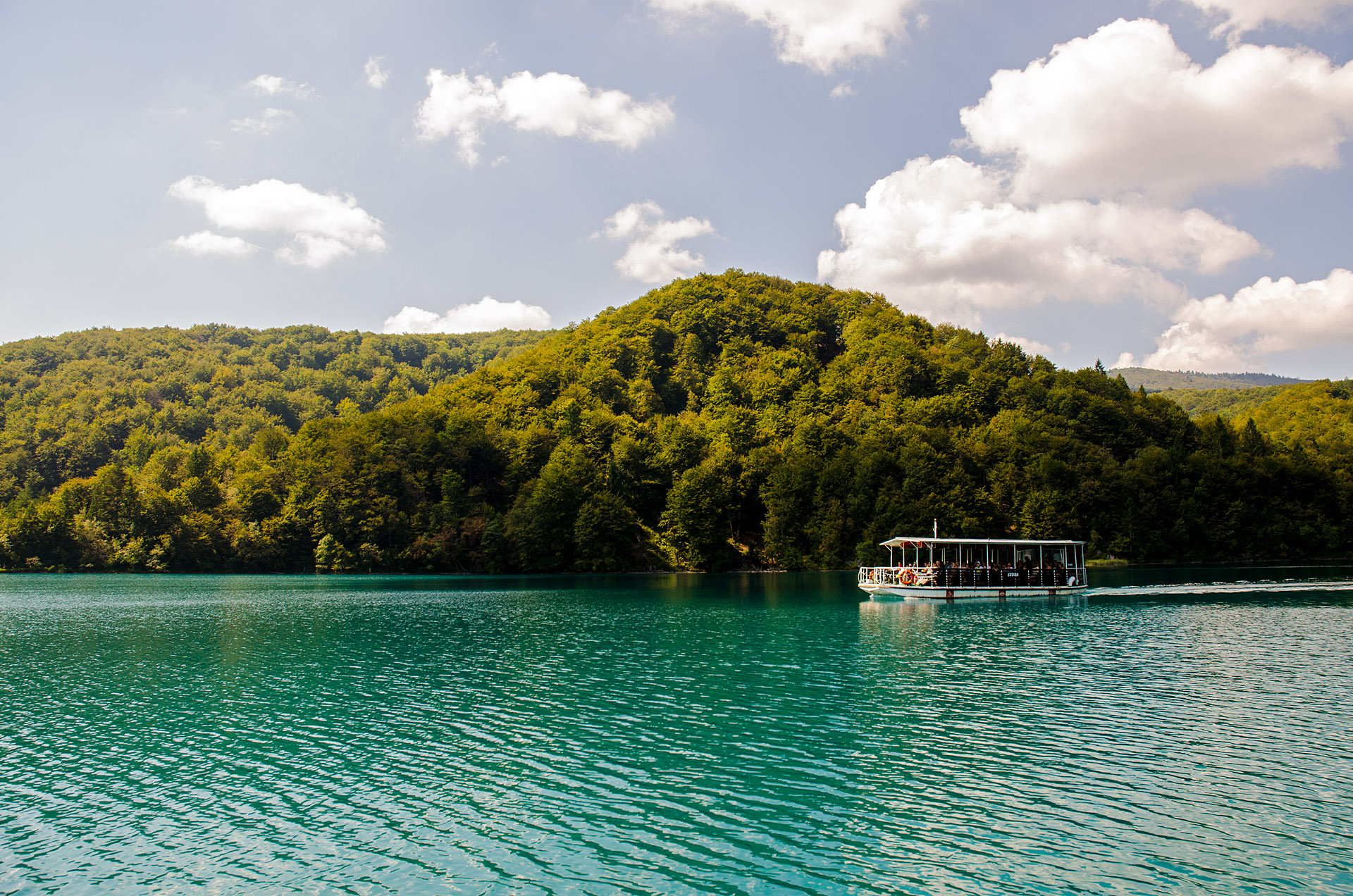 Electric ferry across Kozjak Lake