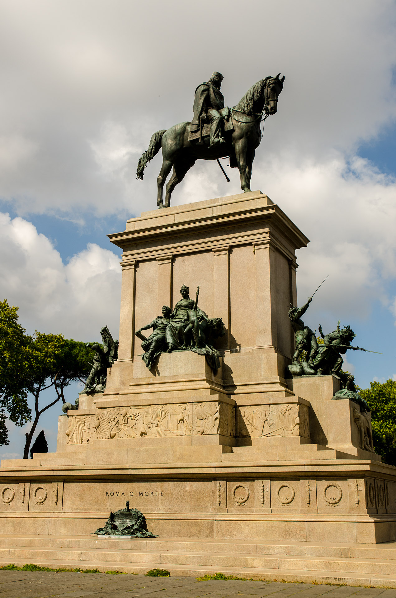 Piazzale Giuseppe Garibaldi (Janiculum Hill)