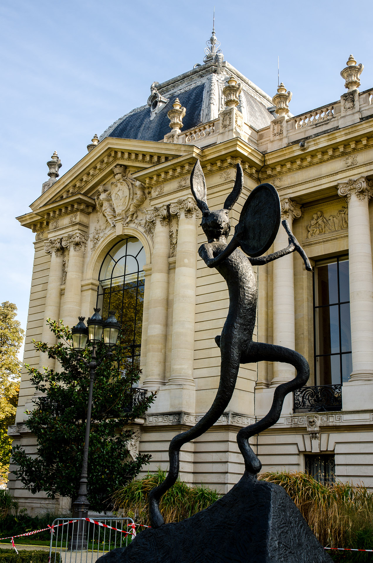 Statue outside the Petit Palais