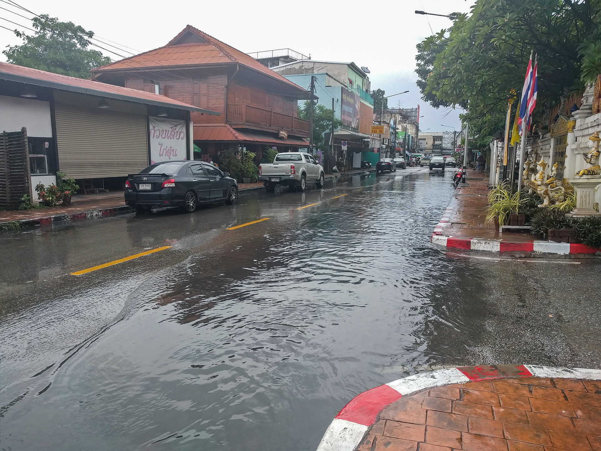 Chiang Mai street after the downpour