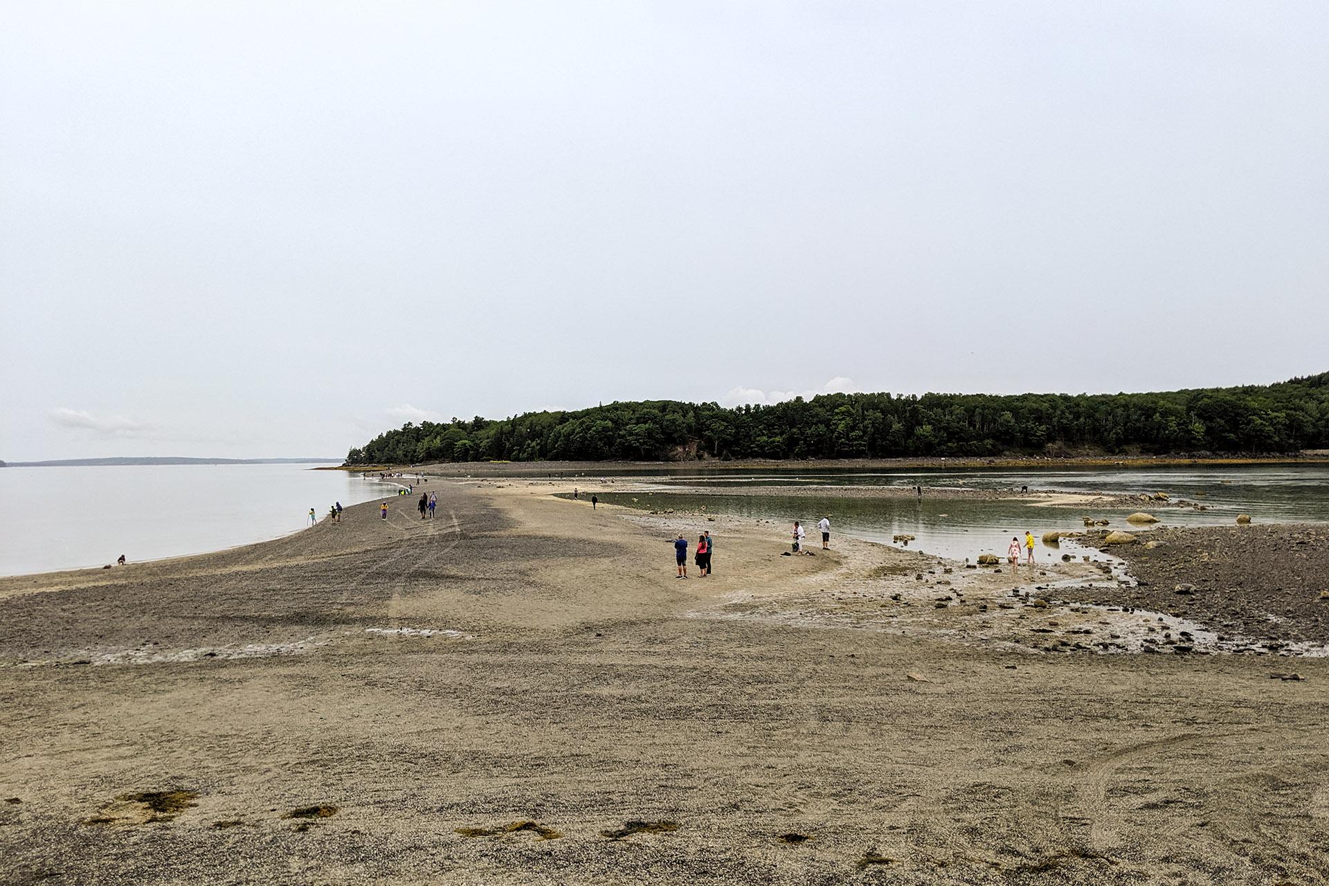 Tidal causeway to Bar Island