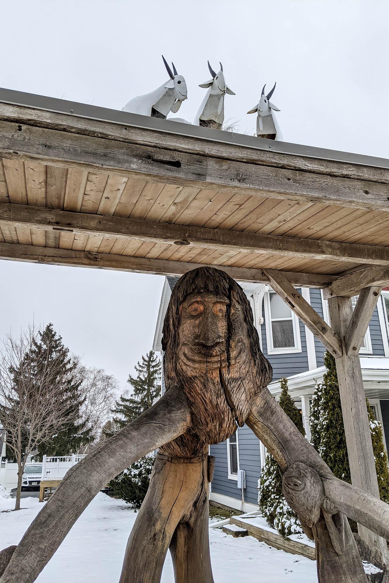 Tree Trunk Troll
